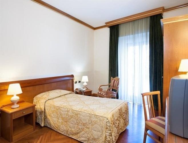 Single room Marconi Hotel Milan