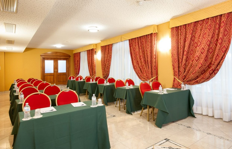 Meeting room marconi hotel milan